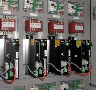 Instalación servo-drives Pacific Scientific en armario