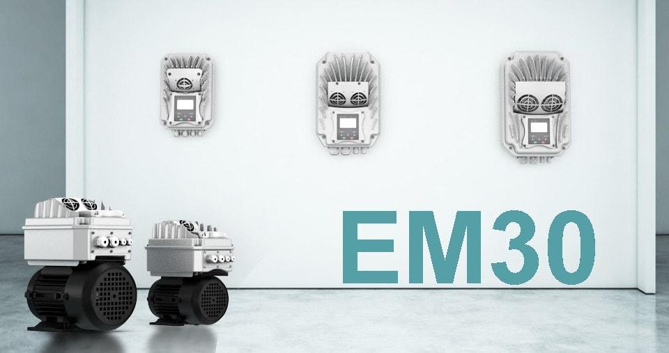 La serie de convertidores Eura Drives EM30 se puede montar directamente sobre el motor